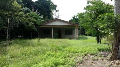 Tanah beserta rumah sebuah setingkat di Sg. Machang Hilir, Mantin