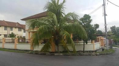 Corner Lot, Desa Anggrik