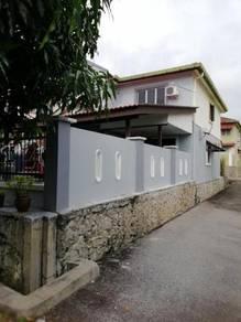 House for Rent at Desa Casuarina
