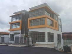 3 Storey Showroom - Tampoi