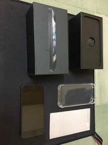 IPhone 5 black 16 gb