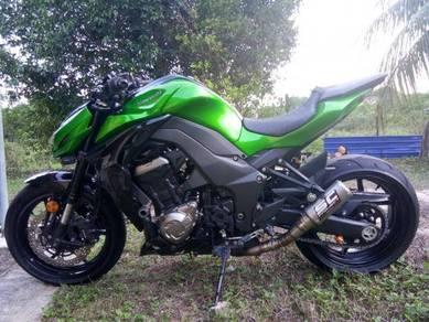 Kawasaki z1000 like new 5k milage all original