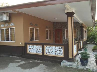 Homestay D'Manir 1 (with internet)