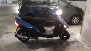Scooter suzuki VS125