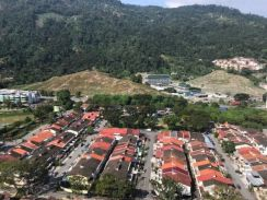 Pine Residence_1533sf_Hill View_2 Carparks_Farlim