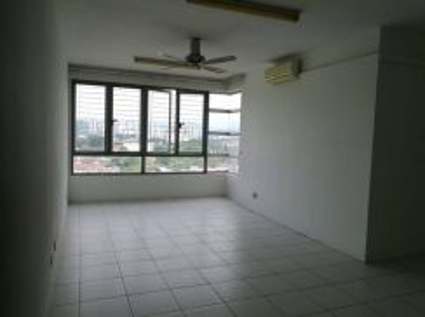Tamarind , Sentul Very Worth Unit Cheaper Selling 2 car park 3+1 Rooms