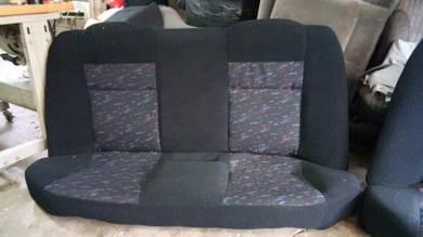 Seat belakang wira c99 tiptop