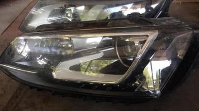 Volkswagen Jetta headlamp LED LH