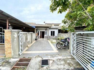 (RENOVATED) Single Storey Terrace, Jalan Jambu Air, Taman Meru Ria