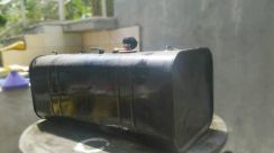 Tangki minyak disel untuk lori dua (2) tan