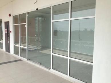 Partition / carpet /Aluminium glass / blinds