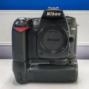 NIKON D90 sc 19k