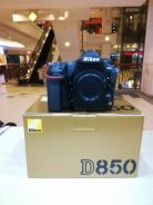 Nikon d850 body (sc 700 only) 99.99% new