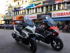 Aprilia sr-max 300 (Rebate Easy Loan) termurah