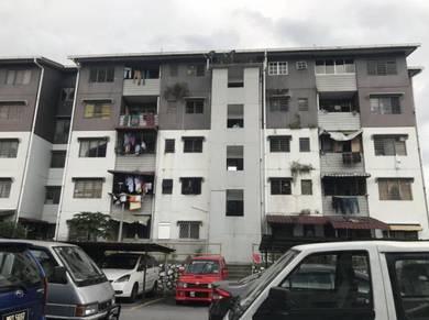 Rumah PKNS Seksyen 16, flat Bandar Baru Bangi, tingkat 3