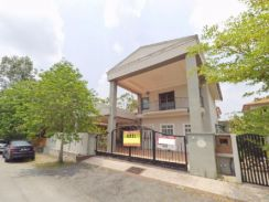 Beautifull 2 Storey Bungalow at Bandar Bukit Mahkota Bangi,