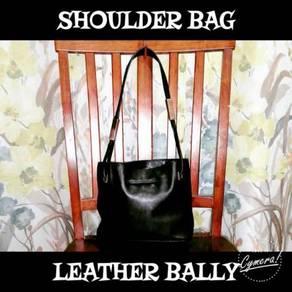 Shoulder Bag Leather Bally