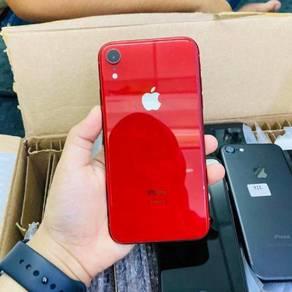 Iphone xr 64gb under warranty apple
