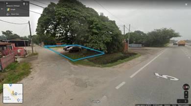 Jenjarom Batu 15 Open Yard Land 38' x 90' (Beside Main road)