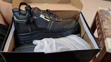 On Safe Genuine Safety Shoes