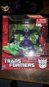 Transformers Megatron & Barricade