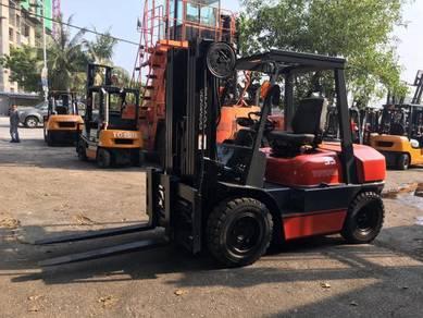 JAPAN DIRECT IMPORT TOYOTA 3.5 ton DIESEL FORKLIFT