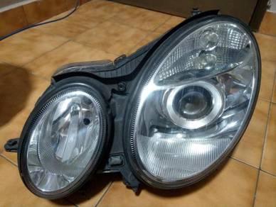 Mercedes W211 Original Xenon Headlamp