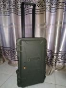 Nanuk 935 Hard Case Waterproof travel bag