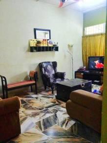 Nilai Taman Desa Cempaka Kitchen Extended with privacy