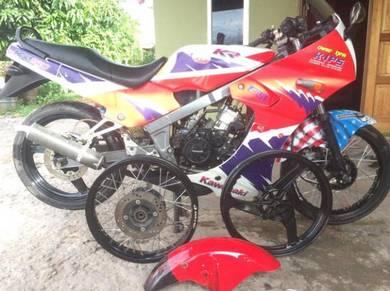 Kawasaki kr 150