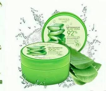 Nature Republic Aloe Vera Soothing gel 92% 300ml