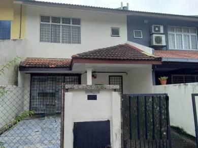 2-sty terrace house mahkota cheras section 8 - 4 bedrooms 3 bathrooms