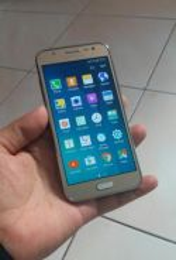 J7 (15) 4G LTE
