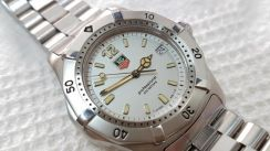 Tag Heuer Classic 2000 silver dial Quartz (Ladies)