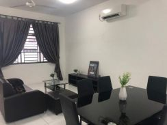 Double Storey/Bukit Indah/Fully Furnished w Air Cond/For Rent