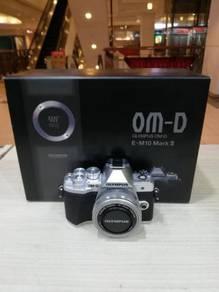Olympus om-d e-m10 mark iii with 14-42mm lens kit