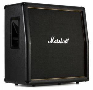Marshall MG412AG 120-watt 4x12 Angled Cabinet