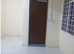Master Bedroom to rent muslimah only