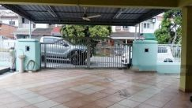 2 storey Bungalow Bukit Serdang/ Rental