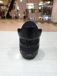 Panasonic lumix g 12-35mm f2.8 ois lens (97% new)