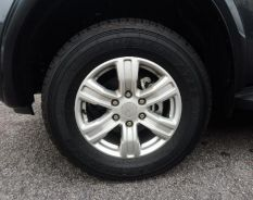 Used ford ranger 17 Inch Rim & Tyre