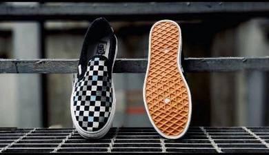 Vans checkerboard party slip on murah