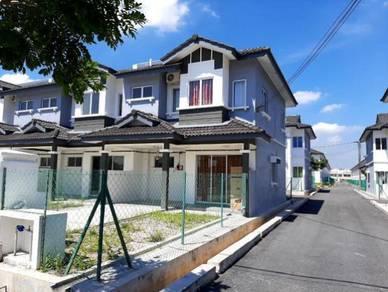 Rumah Teres 2 Tingkat Idaman Warisan -Alam Perdana