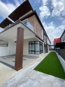 Double Storey Cluster House Bandar Cemerlang Ulu Tiram