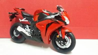 Honda CBR 1000 RR Red