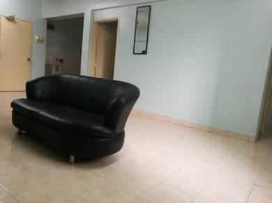 Bayu Puteri 3 bedrooms Apartment, Permas, can Full Loan