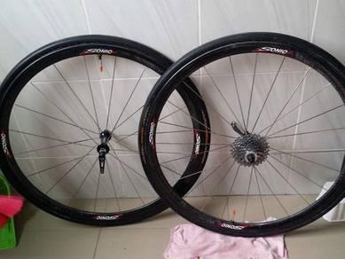 Carbon wheelset - sonic 33mm tubular