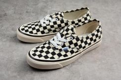 VANS AUTHENTIC 44 DX checkerboard