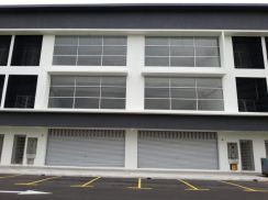 3 Storey Terrace Factory with 35ft Ceiling Height Warehouse