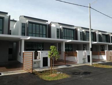 Saujana KLIA kota warisan for rent 4R4B
